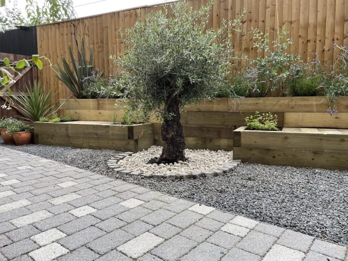 garden landscaping in London